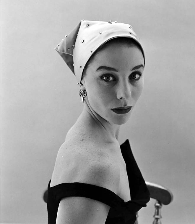 Bettina wearing Givenchy, 1952. © Nat Farbman
