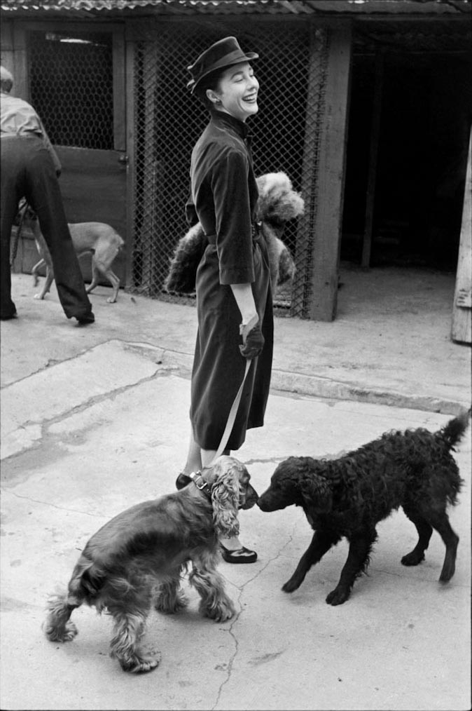 Bettina portrait by Henri Cartier-Bresson Parigi 1951 BressonMagnum Photos
