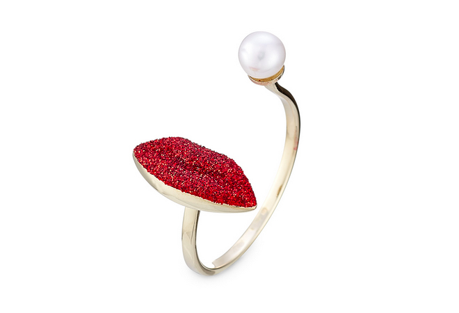 Delfina Delletrez 9kt White Gold Ring with Glitter Enamel Lips and Pearl. Price: £ 335