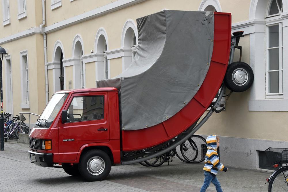 Erwin Wurm sculture truck