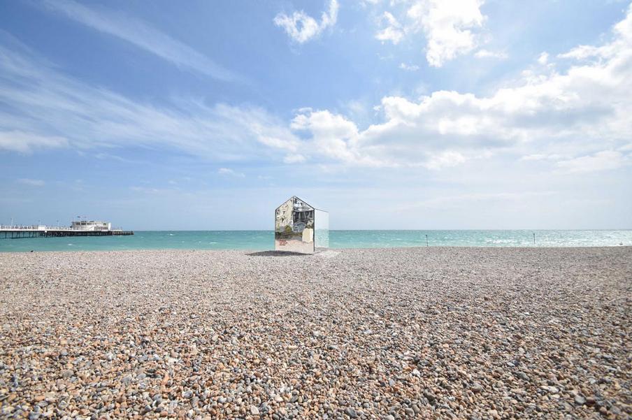 ECE Architecture mirror hut in Worthing beach
