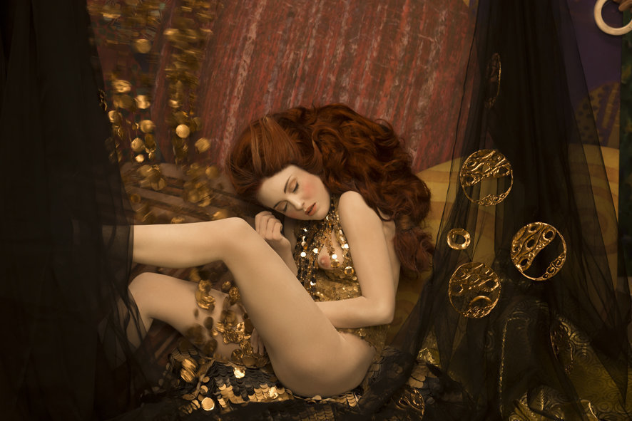 Models recreate Gustav Klimt's most iconic paintings. Photos Life Ball and Inge Prader