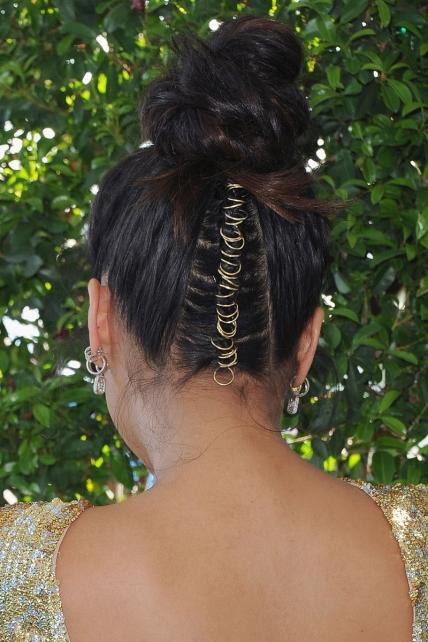 Shay Mitchell's hair in Teen Choice Awards