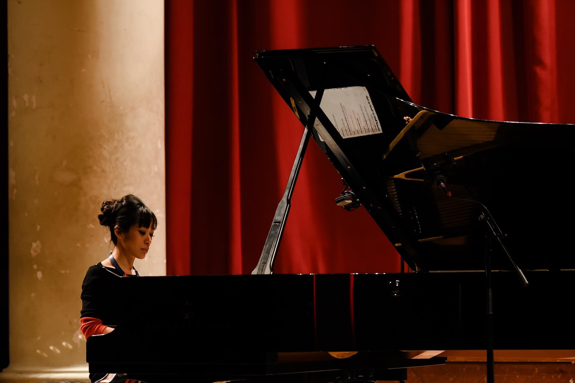 aisa-ijiri-carnegie-hall-steinway-piano-11