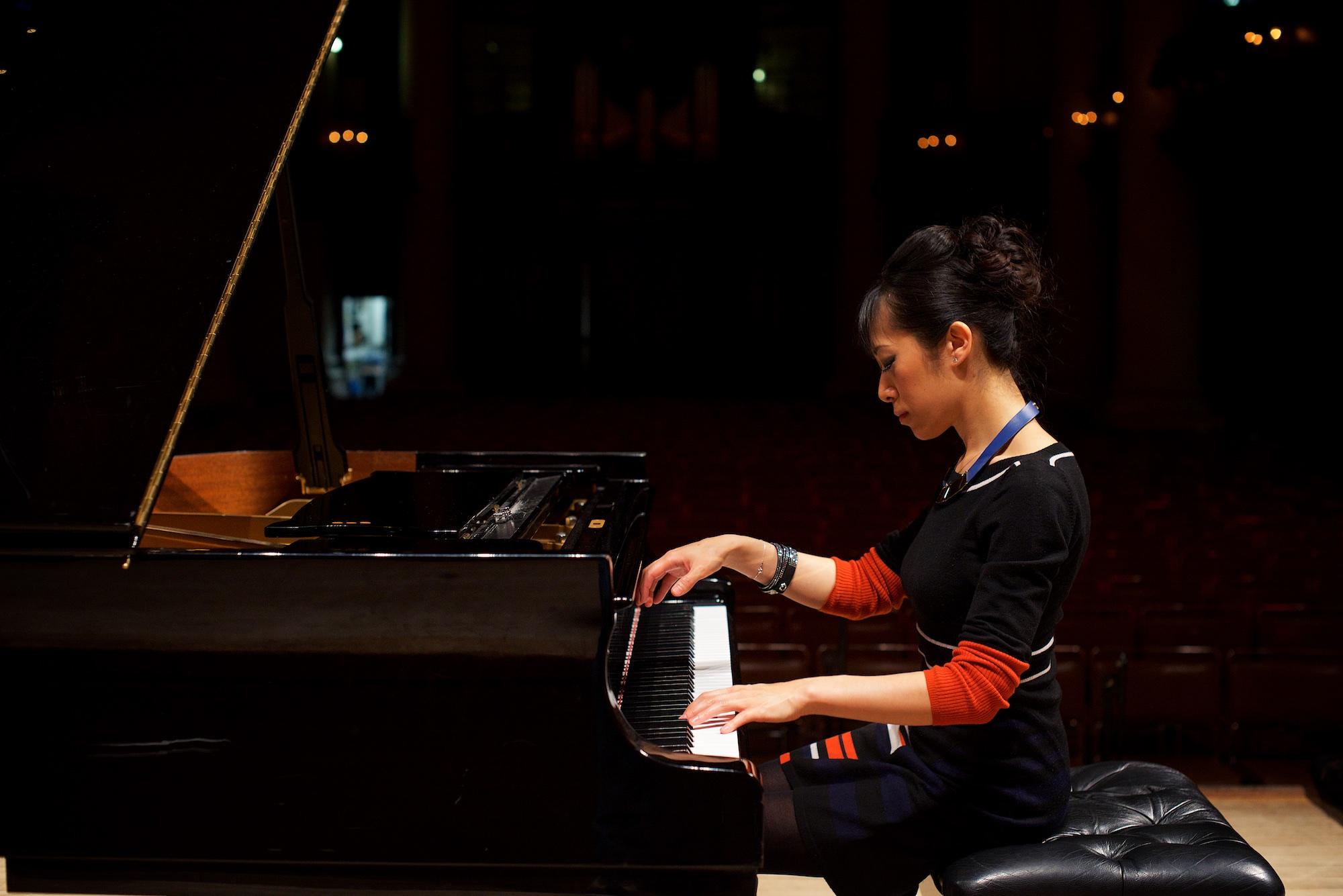 aisa-ijiri-carnegie-hall-steinway-piano-3