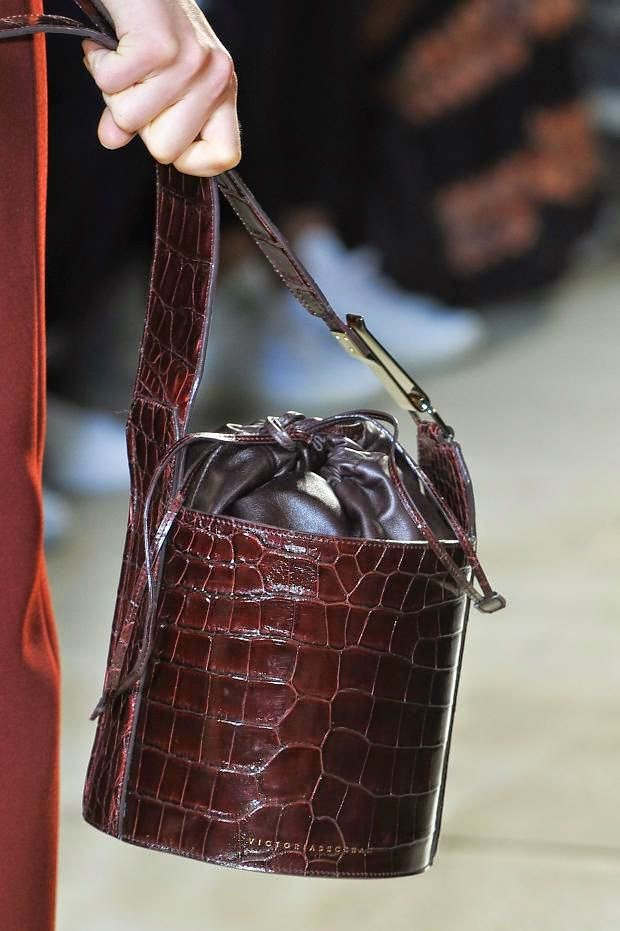 Victoria Beckham ss15 bucket-bag