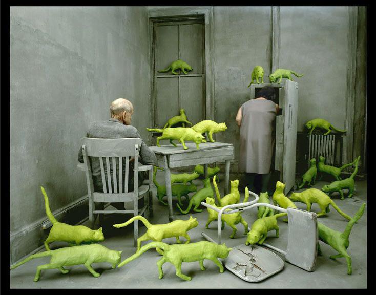 "Sandy Skoglund's ""Radioactive cats,"" 1980 at Paci Contemporary. Photo courtesy PACI Contemporary Paris Photo 2015"
