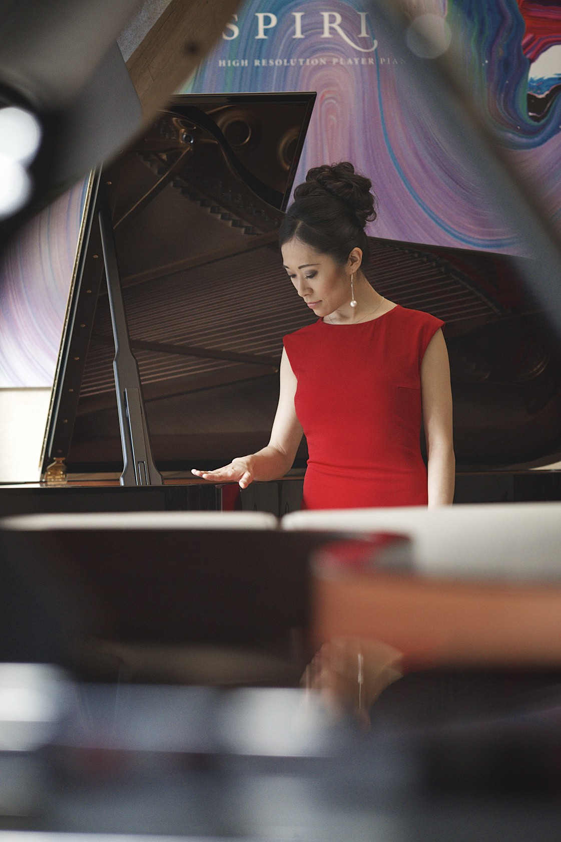 Aisa ljiri at Steinway & Sons (London) with the Steinway Spirio piano. Photo: Lugermad