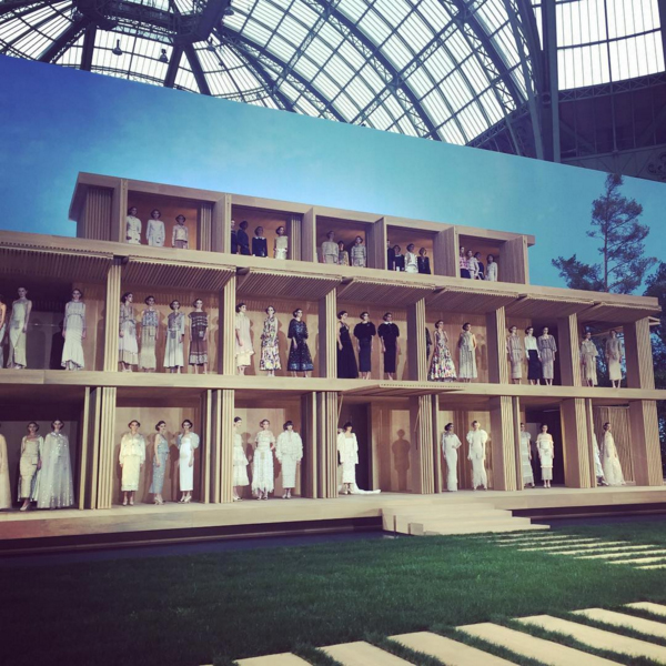 diane kruger chanel fashion show ss16